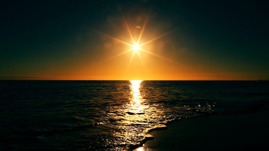sunset-sunrise-sea-horizon-11434